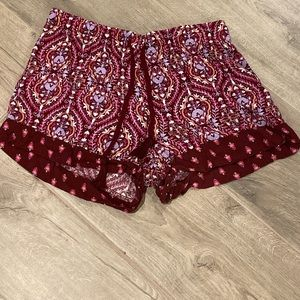 Gillagen O'Malley pajama shorts size small